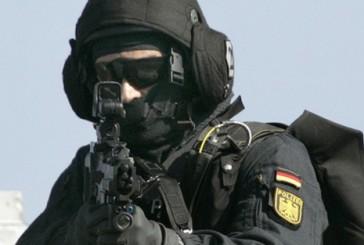 BKA verhaftet drei mutmaßliche Al Qaida-Mitglieder in NRW | Bombenanschlag geplant