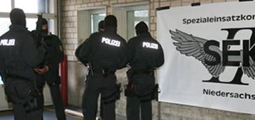 Polizei Hannover wirbt auf Facebook