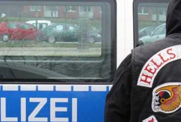 Nach Schüssen auf Rocker-Chef Festnahmen durch SEK