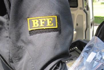 BFE Kräfte der Bundespolizei München heben Gruppe von Fahrkartenfälschern aus