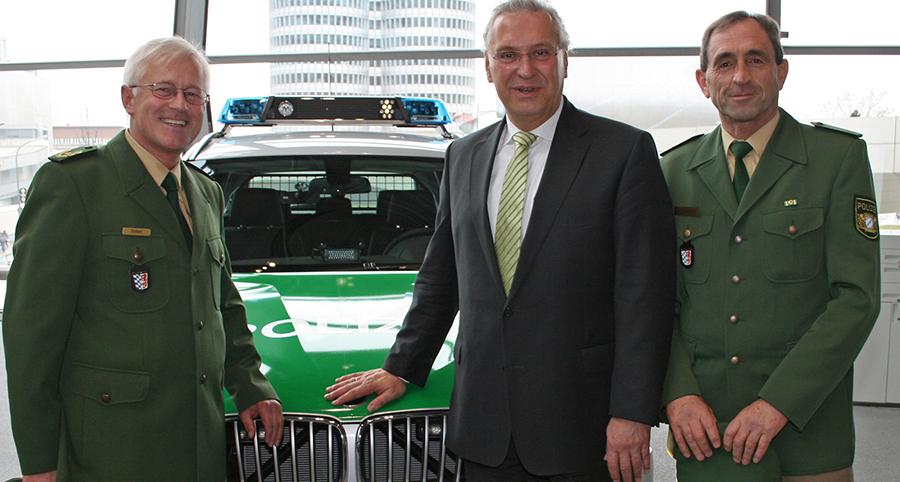 Polizeivizepräsident Anton Scherl, Innenminister Joachim Herrmann und Polizeirat Albert Weidinger (v.l.) | Foto: © PP Niederbayern