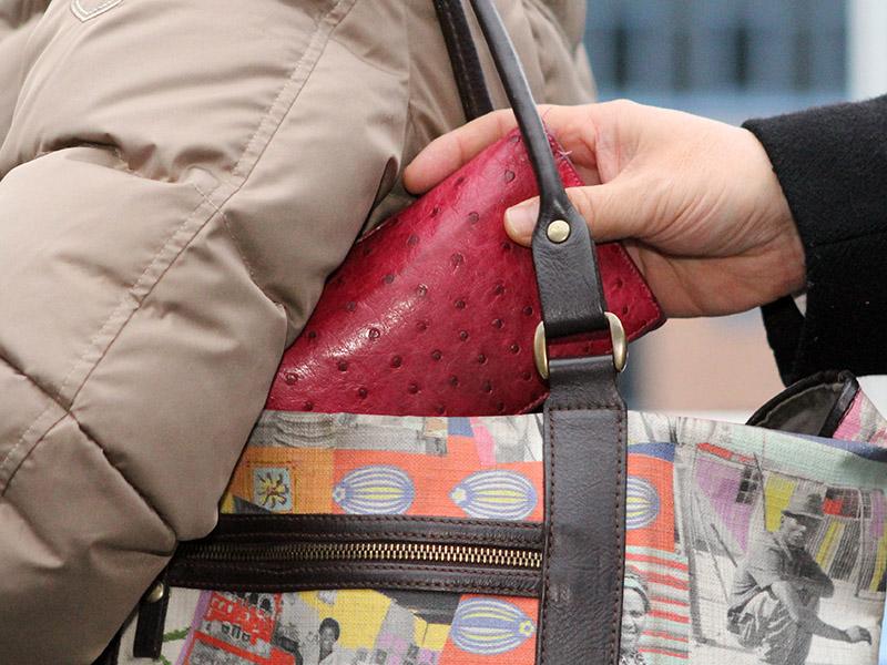 Vorsicht vor Taschendiebstahl | Foto: © Polizei