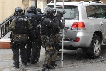 MEK Einsatz in Hamburg wegen Bandendiebstahl