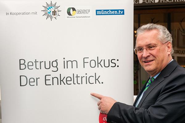Innenminister Joachim Herrmann beim Start der Kampagne | Foto: © StMi Bayern