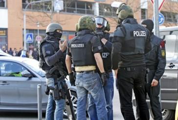 Update: Polizeigroßeinsatz an Schule in Ostfildern beendet