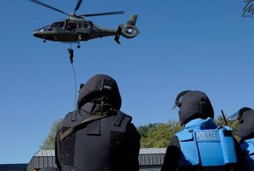 Spezialeinsatzkommando Bielefeld trainiert Einsatzsituationen