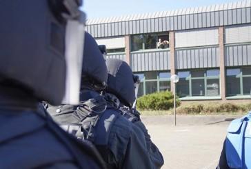 UPDATE – MEK-Einsatz in Hausbruch | Person festgenommen