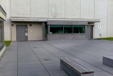JVA Hünfeld: Häftling klettert auf Lichtmast