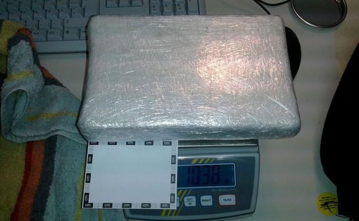 Familientrio beim Handel mit Kokain festgenommen