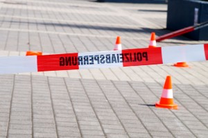 Polizeiabsperrung-Flatterband-Symbol coypright Tomas Moll