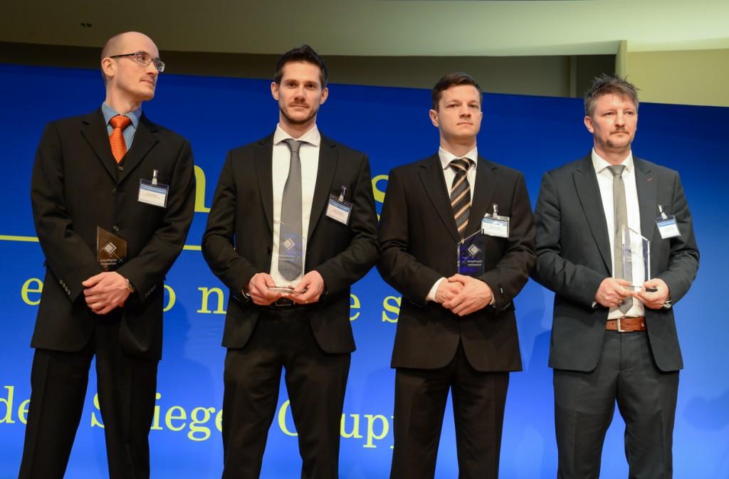 """Die vier Preisträger des """"Zukunftspreises Polizeiarbeit 2015"""" Martin Rojak, Thomas Lammert, Marcus Lorber und Christian Hamm (v.l.). Foto: © Tomas Moll"""