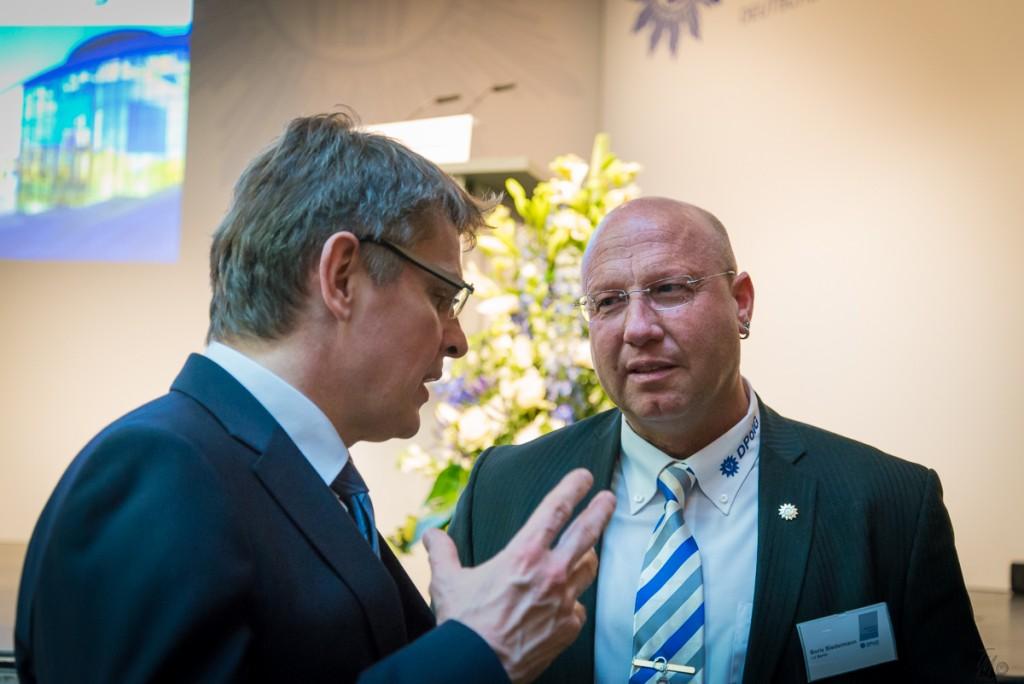 Boris Biedermann im Dialog mit Klaus Kandt (v.r.nl.) Foto: Tomas Moll