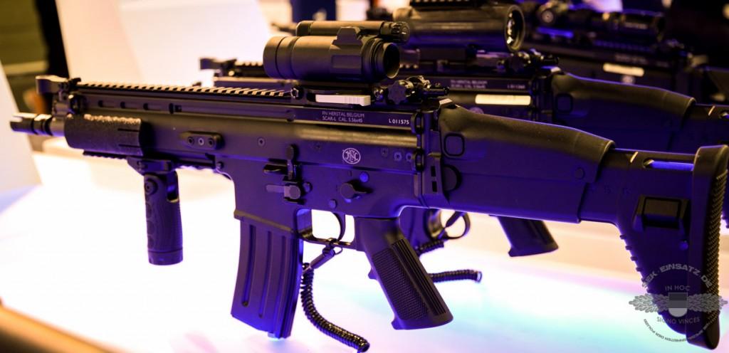 Ein SCAR-L in Caliber 5,56 x 45 des belgischen Herstellers FN Herstal   Foto: © Tomas Moll