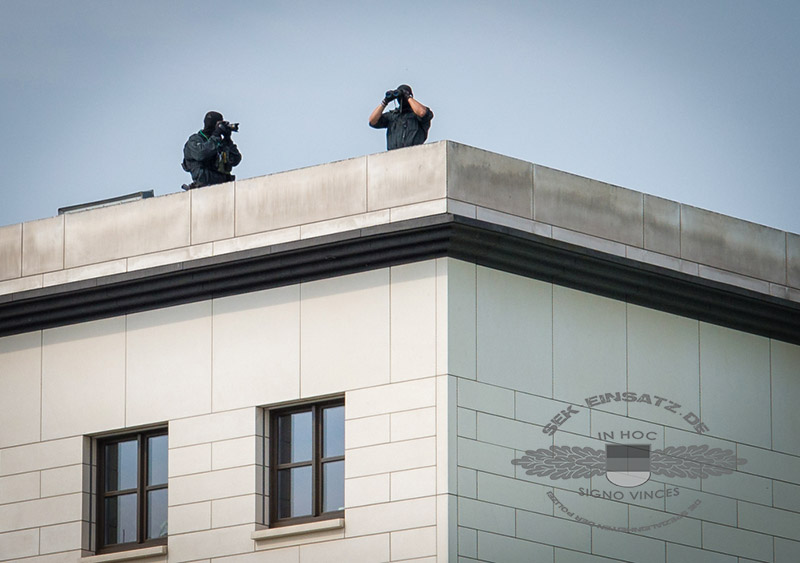 Einsatzdokumentation zweier SEK-Beamte | Foto: © Tomas Moll