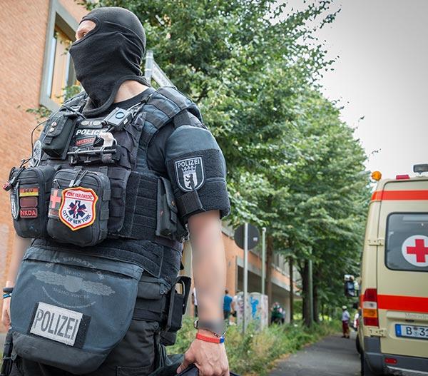 Info: Auch beim SEK gibt es ausgebildete Rettungssanitäter. | Foto: © Tomas Moll