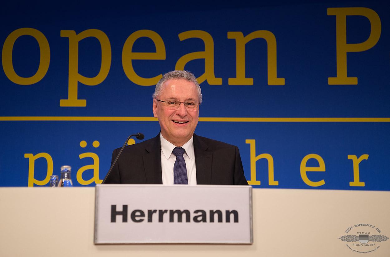 Innenminister Joachim Herrmann auf dem Europäischen Polizeikongress 2016 | Foto: © Tomas Moll