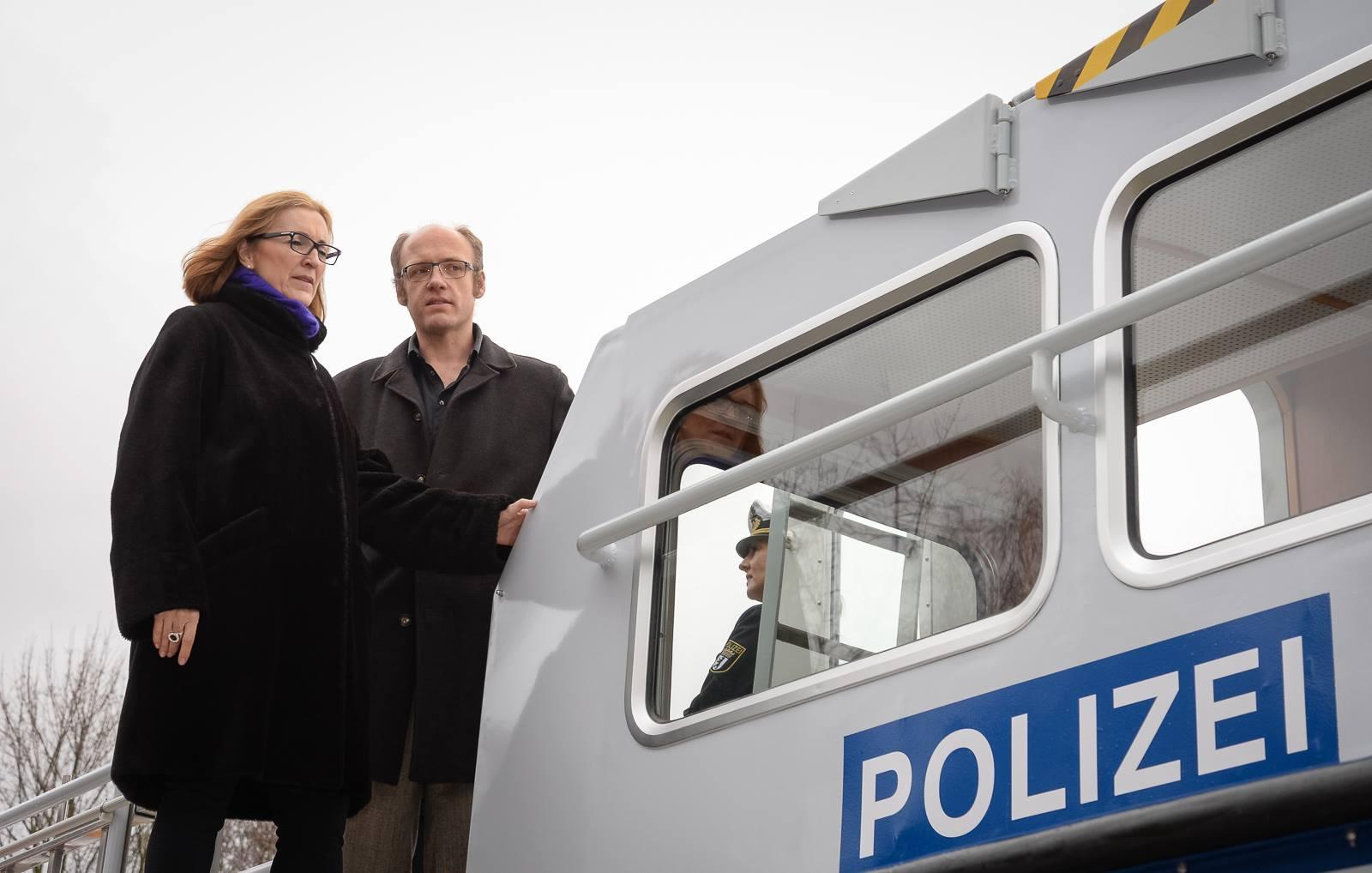 Polizeivizepräsidentin Koppers besichtigt die 'Seeadler' | Foto: © Tomas Moll