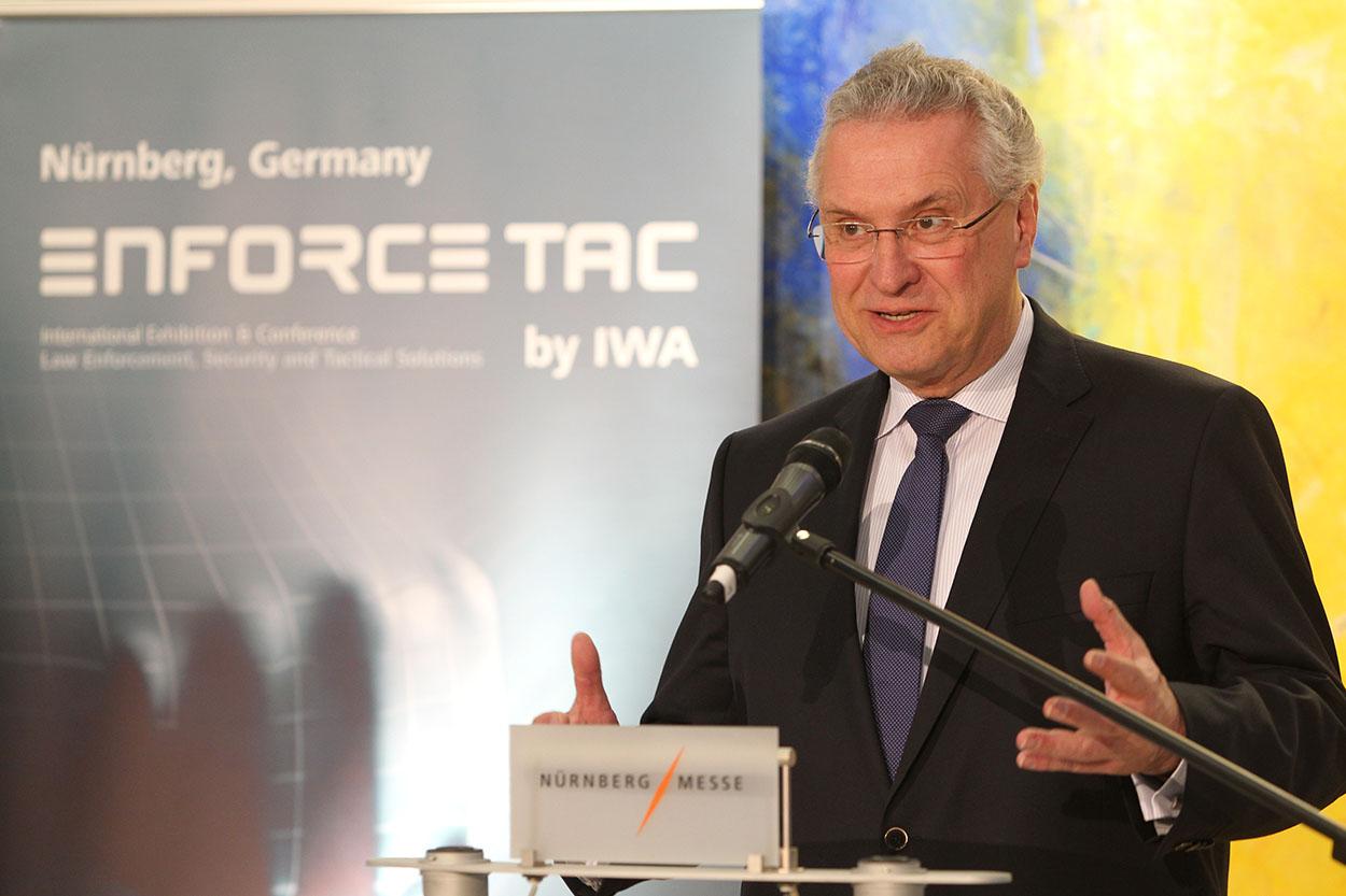 Bayerns Innenminister Joachim Herrmann auf der Enforce Tac 2016 | Foto: © NuernbergMesse/Frank Boxler
