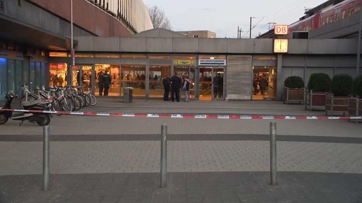 Der abgesperrte Tatort im Hauptbahnhof Hannover | Foto: © HannoverReporter.de