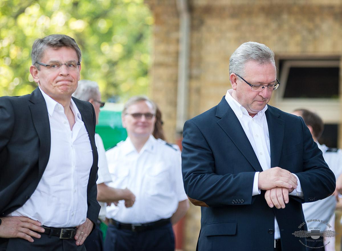 Berlins Polizeipräsident Klaus Kandt (l.) und Innensenator Frank Henkel | Foto: Tomas Moll