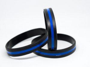 3er Pack THIN BLUE LINE Silikonarmband im Shop - Anzeige