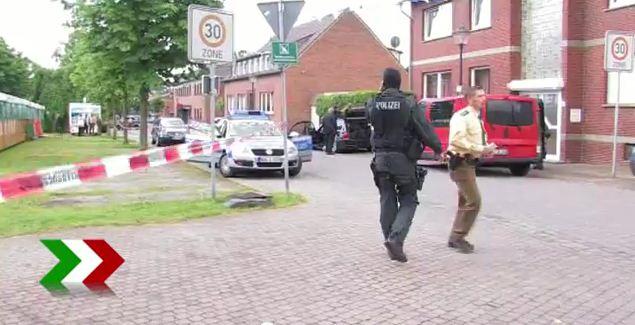 Spezialeinheiten am Tatort in Coesfeld | Foto: Videoprint