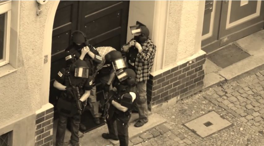 Photo of Berliner Polizei Rap: Wild Wedding