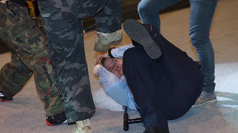 Gewalt gegen Polizisten | Symbolfoto: © fjmoll.de