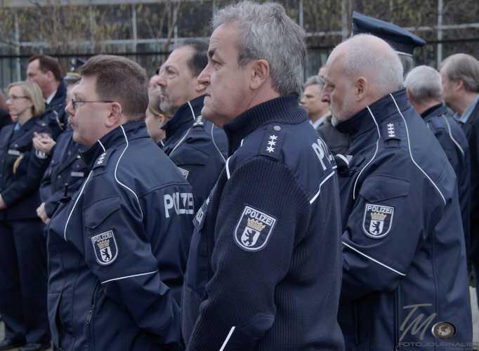 Zahlreiche Polizeibeamte nahmen an der Übergabefeier teil. Foto: © Tomas Moll