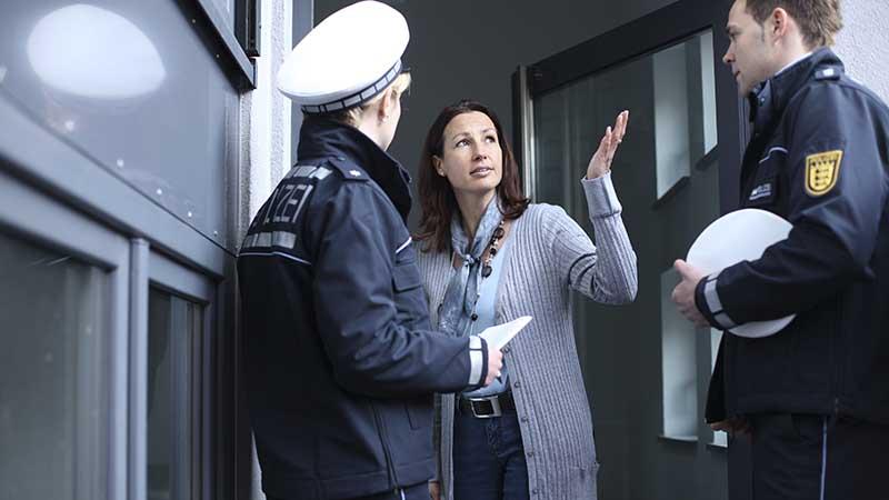 warnung der polizei falsche polizisten geben keine ruhe sek. Black Bedroom Furniture Sets. Home Design Ideas