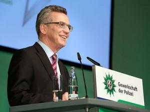 Bundesinnenminister Thomas de Maizière auf dem Bundeskongress | Foto: © GdP / Immel