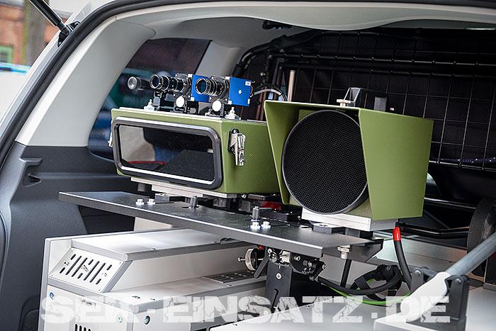 Moderne Technik im Funkwagen Kofferaum | Foto: © Tomas Moll