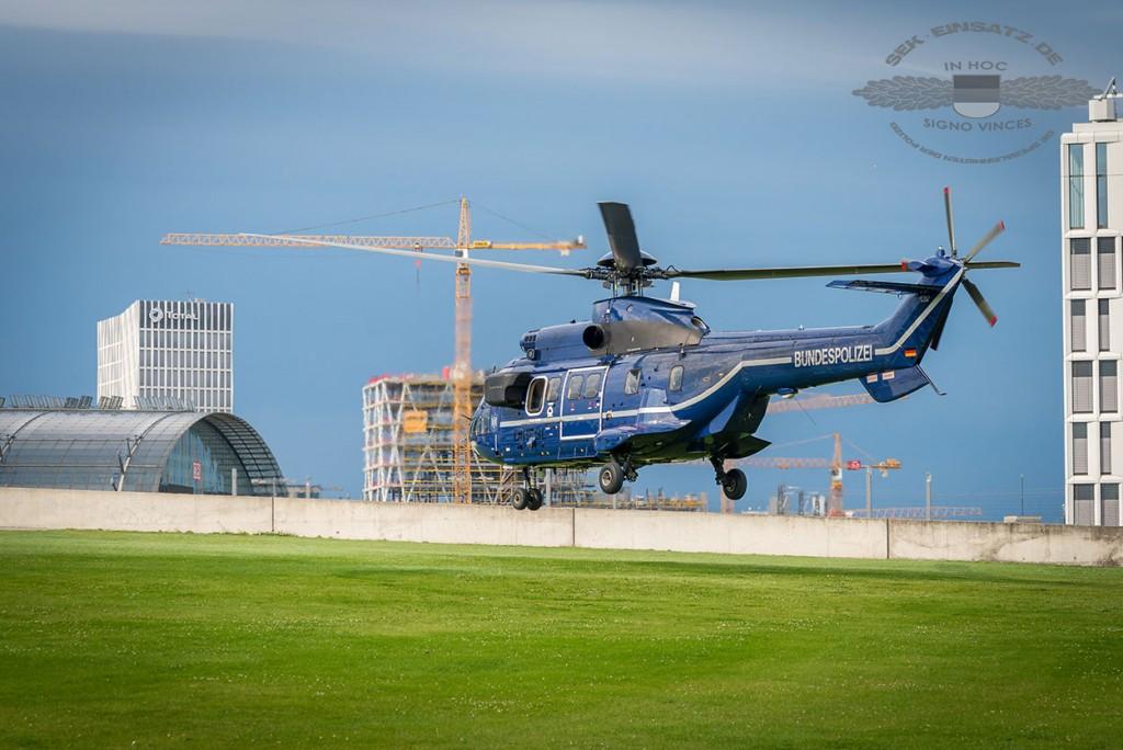 Mit dem Super Puma ging es für die Neuner in die Luft | Foto: © Tomas Moll