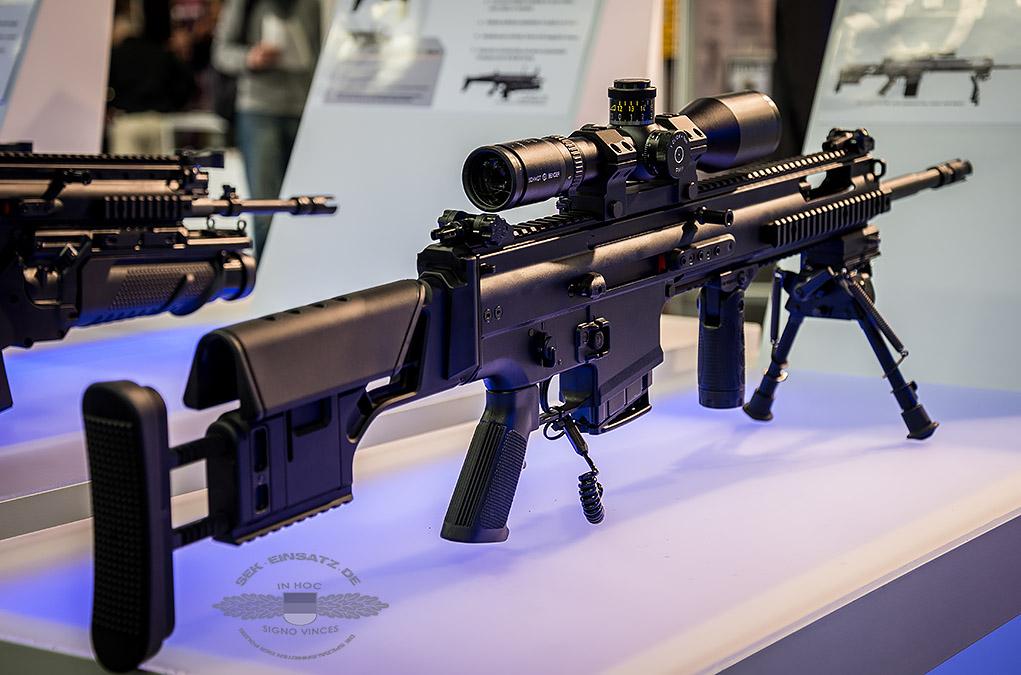 Ein FN SCAR®-H PR mit Schmidt&Bender Optik | Foto: © Tomas Moll