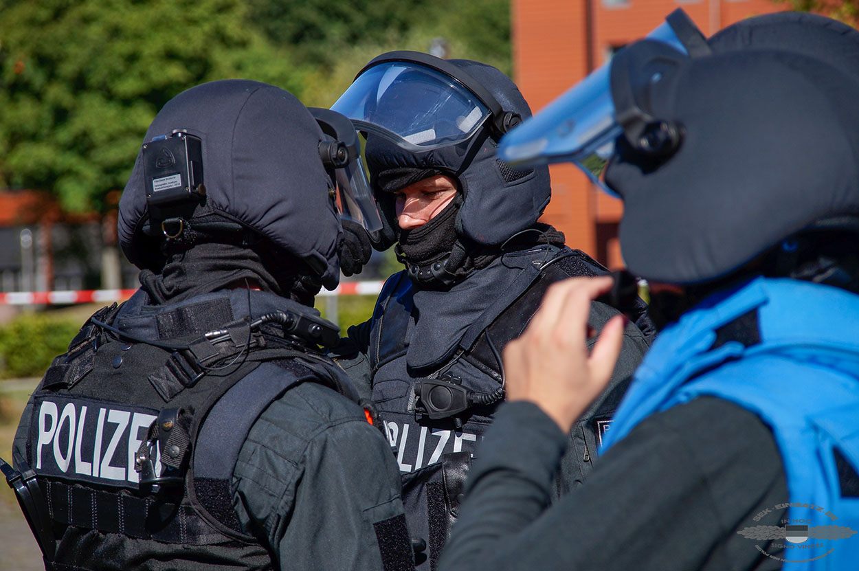 Photo of Saufgelage eskaliert: SEK-Einsatz nach Messerattacke