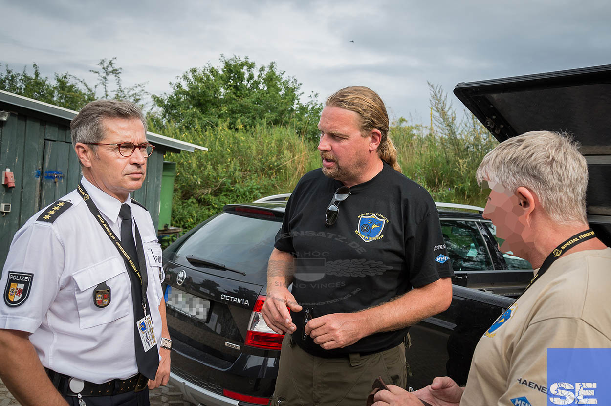 Wilfried Kapischke mit Frank Thiel beim 8. SFW im Gespräch (v.l.) | Foto: © Tomas Moll