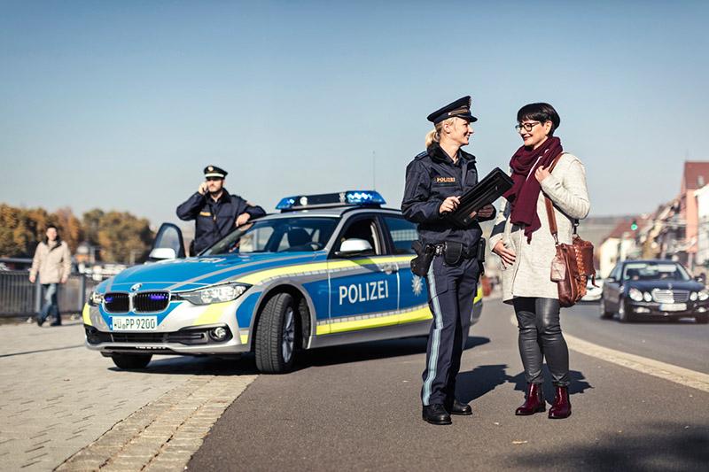 Neue Polizeiuniform in Bayern | Foto: © Marcel Mayer/STMI