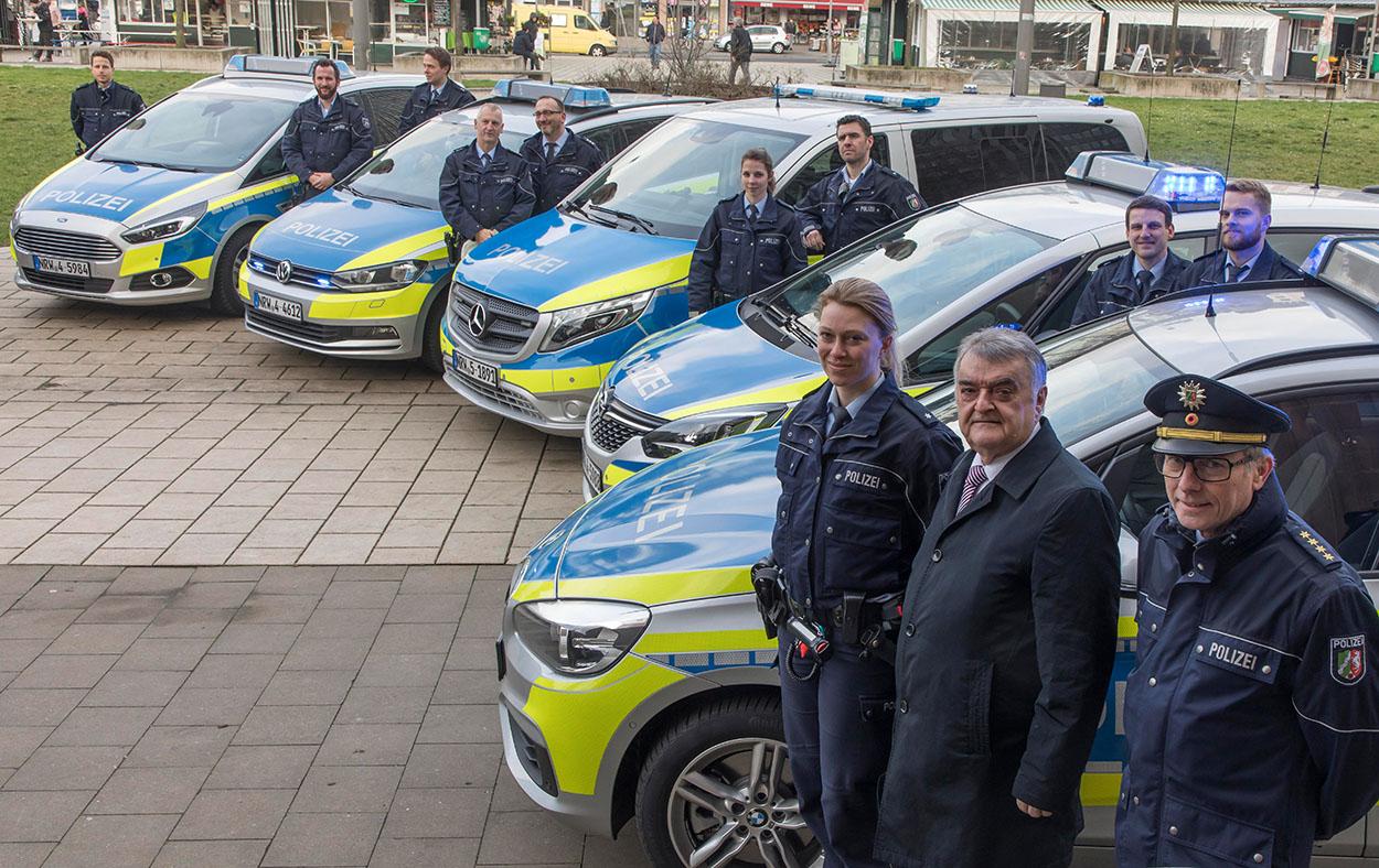 Polizei Nrw Streifenwagentest Abgeschlossen Sek Einsatzde