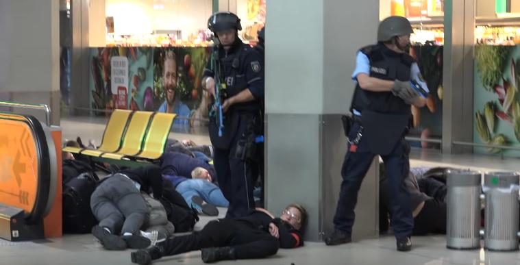 Zoll Flughafen Köln