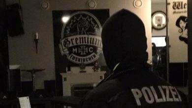Photo of Bei Durchsuchung: Tatverdächtiger gibt Schuss ab